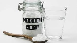 باز کردن گرفتگی ظرفشویی با جوش شیرین و نمک